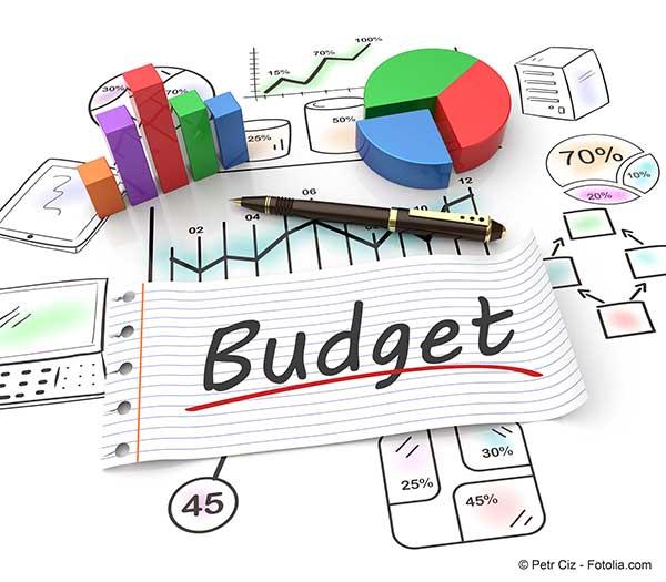 Le d�ficit budg�taire atteindra en 2021, selon les derni�res pr�visions, 220 milliards d�euros