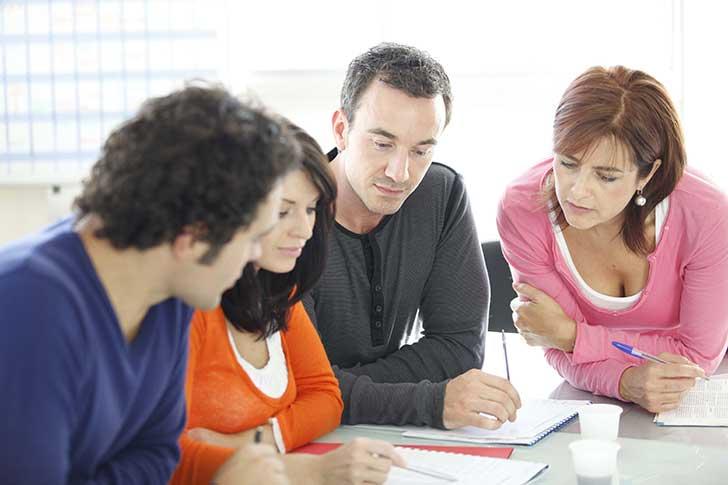Le comportement des jeunes cadres et diplômés se normalise