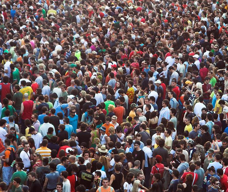 La crise environnementale devrait normalement conduire à la décroissance de la population