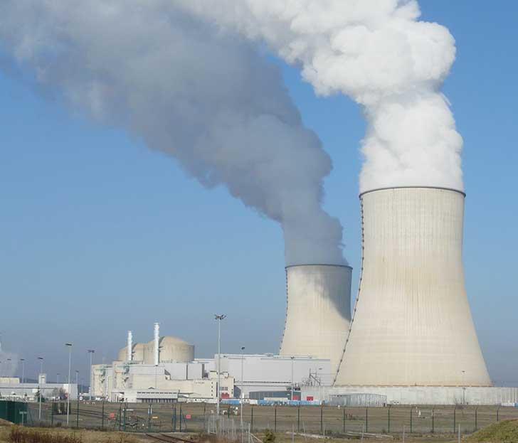 En France, le nucléaire est à la croisée des chemins