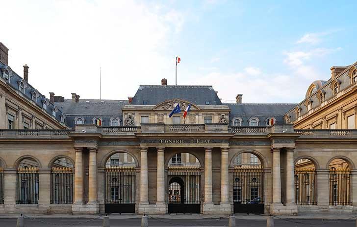 Le rôle du Conseil d'Etat est de veiller au respect des libertés fondamentales par les pouvoirs publics