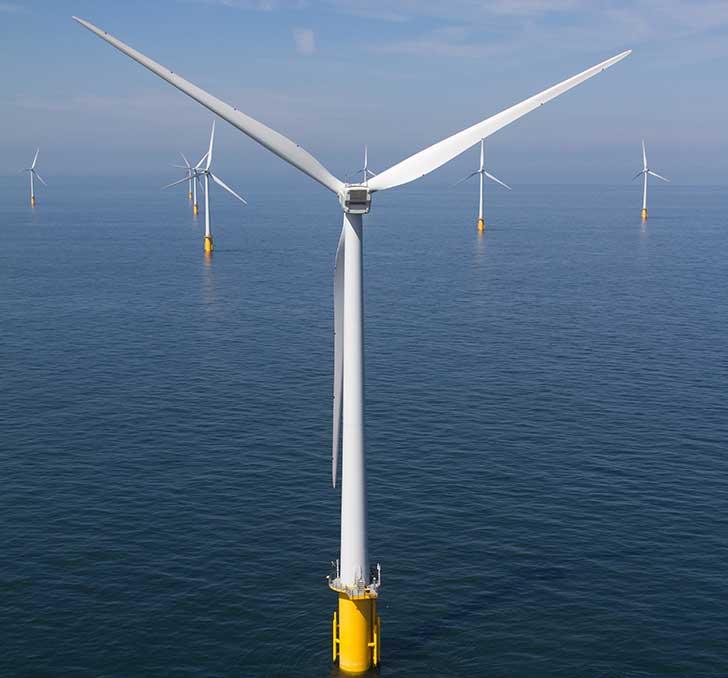 Premier parc d'éolienne en mer à Saint-Nazaire