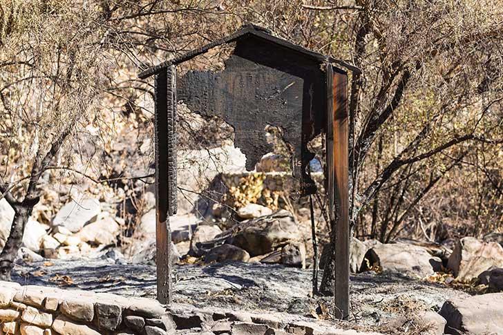 Après les incendies en Californie, les préventionnistes cherchent les moyens de les éviter