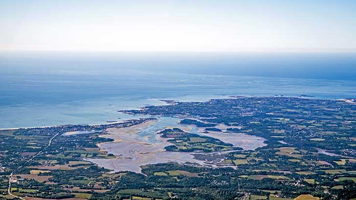 Le Finistère Sud fait face aux risques de submersion et d'érosion aggravés du fait du changement climatique