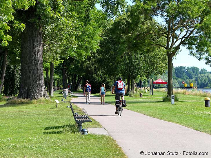 Une première en France : Strasbourg interdit de fumer dans ses parcs
