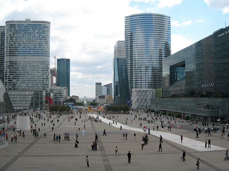 Le télétravail libérera d'importantes surfaces de bureau à La Défense