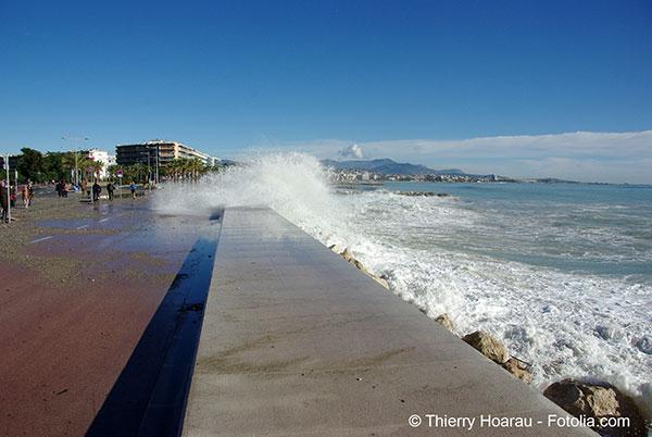 Le littoral atlantique a subi la première grande marée d'un cycle qui débute tous les 18 ans
