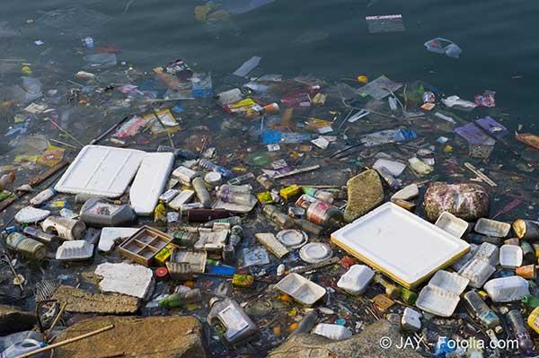 Les scientifiques font depuis une vingtaine d'années l'inventaire des déchets dans les océans