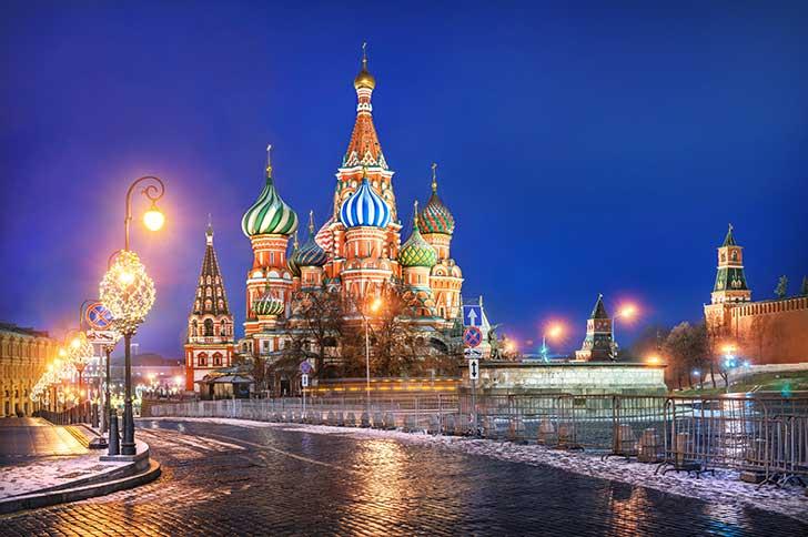 A No�l faute de neige Moscou a eu recours � de la neige artificielle
