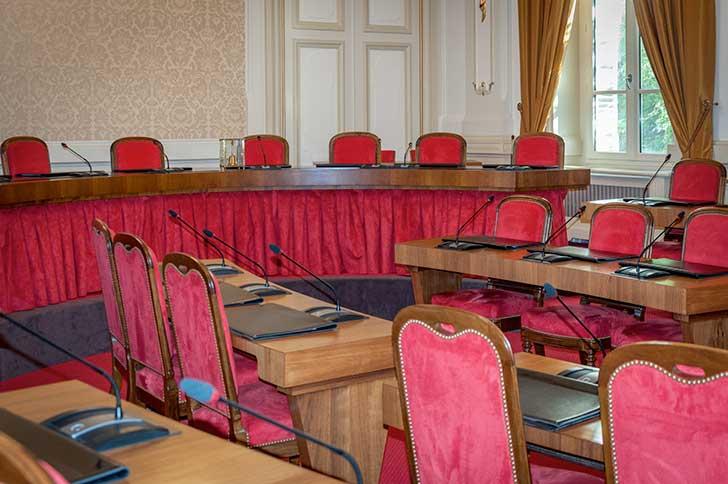 L�ex�cutif s�est donn� jusqu�au 27 mai pour d�cider du second tour des �lections municipales