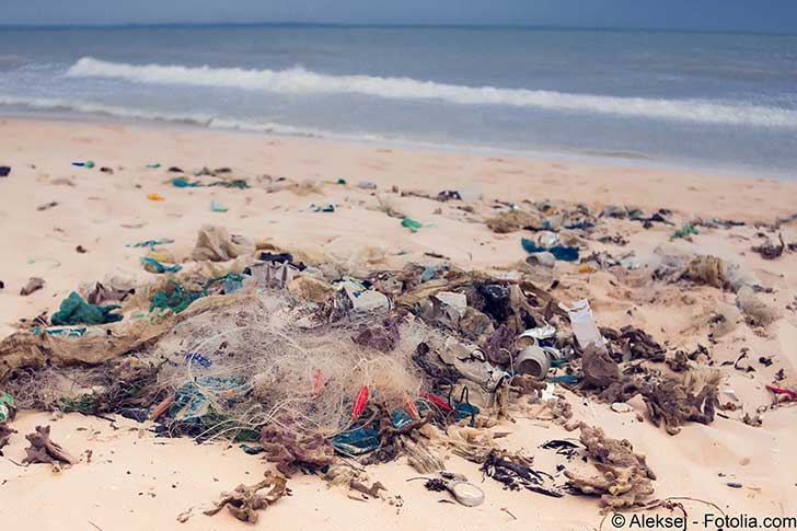 La mer recrache des ordures et cela peut aussi arriver aussi chez nous