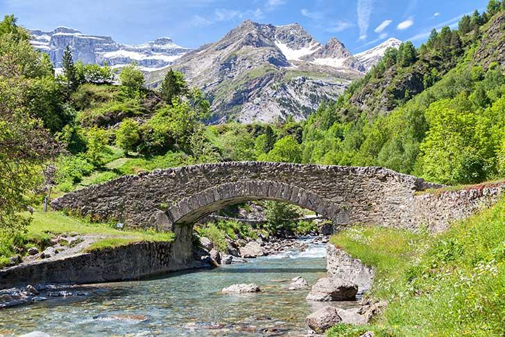 Selon un rapport s�natorial 25 000 ponts en France sont en mauvais �tat