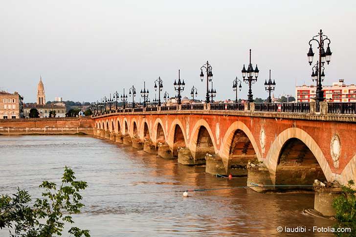 Des hydroliennes sont test�es dans la Garonne � Bordeaux