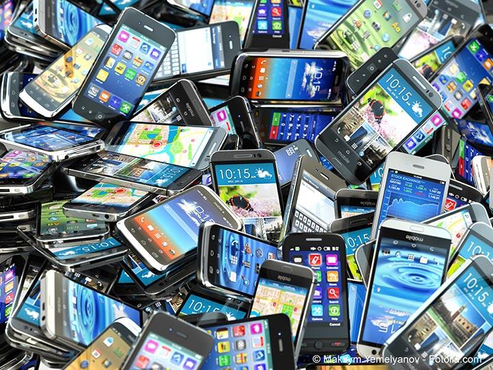 Le succès du smartphone aggrave son empreinte environnementale