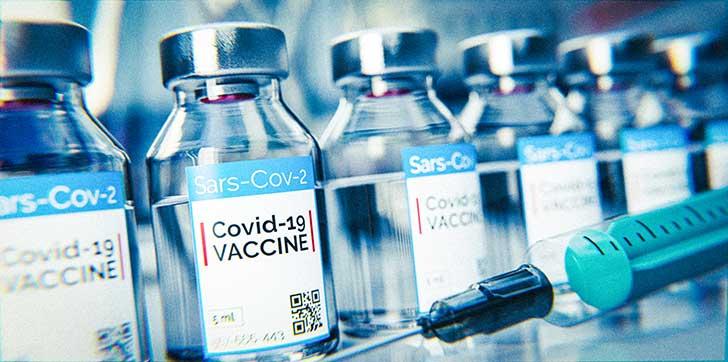 A Paris on recrute des gens � vacciner contre la Covid-19 dans la rue