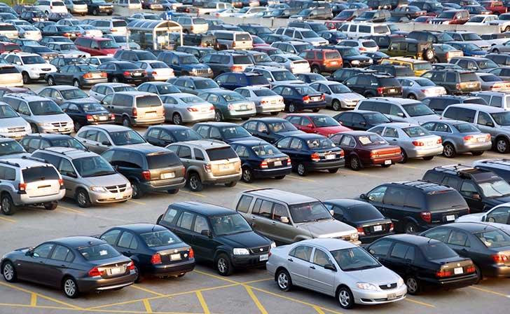 Le budget de l��cologie adopt�e par l�Assembl�e nationale co�tera cher aux automobilistes